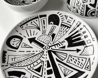 Abstract Monochrome Hand Drawn Plate