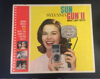 Slyvania Sun Gun II Movie Light Outfit Model SG-55MP/Vintage New In Box