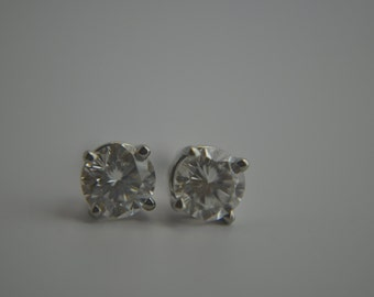 Diamond Studs 14k White Gold GenuineRound Brilliant Diamond Post Earrings
