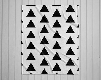 Black and white triangles modern plush throw blanket with white back