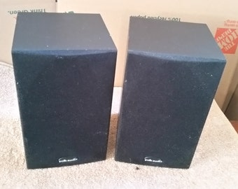 Polk Audio R10 - speakers