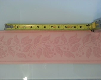 VINTAGE Wallpaper BORDER by Hill & Knowles Neutral Peach Vine Berry 11 YARDS!