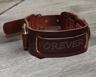Men engraved leather cuff bracelet, personalized name engraved