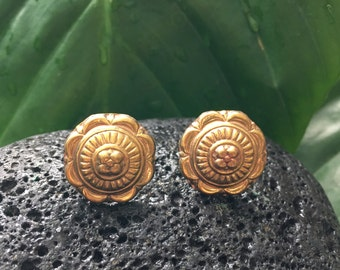 Beautiful Indian brass flower Stud earrings -Cute ethnic flowery earrings- Indian flower jewellery  floral earring- Christmas gift for Her