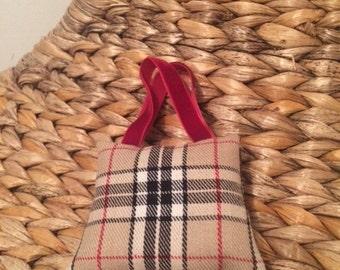Lavanda little handbag cushions
