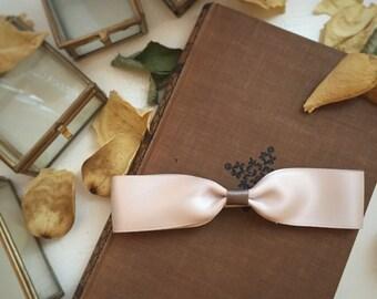 Cream Hair Bow - Elegant - Unique