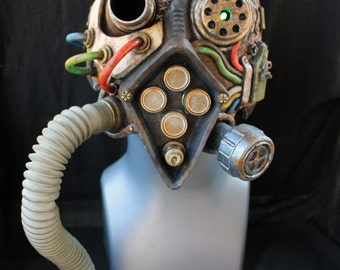 Exiled Wastelander - Unique Post-Apocalyptic Sci-fi Mask