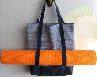 Nautical yoga tote bag & matching wristlet, Yoga bag and matching pouch, tote bag - Nautical navy and white - 2 pieces set