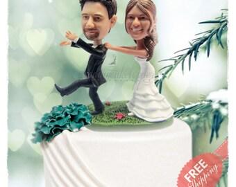 Funny wedding cake topper Wedding topper Personalised cake topper Unique wedding cake topper Custom cake topper Bride and groom cake toppers