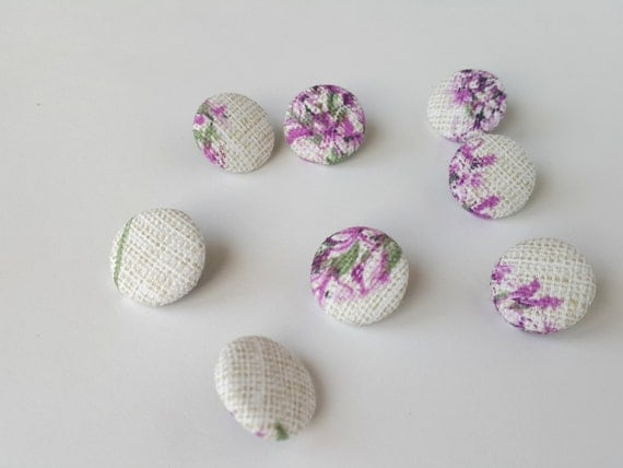 Fabric Buttons, Set of 12 Fabric Buttons, Shabby Romantic Fabric, Fabric Covered Buttons, Handmade Buttons, Floral Fabric Buttons, Lavender