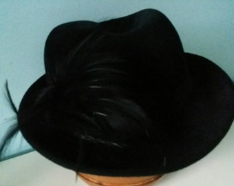 Black velvet hat with feathers size 50