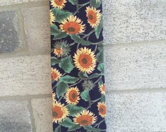 Vintage neck Tie by Surrey, Surrey Tie, Surrey Sunflowers Neck Tie, Sunflowers Neck tie, Floral Neck tie