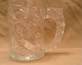 "Vintage McDonald's Batman Forever ""Batman"" Clear Glass Mug Cup Raised 3D Image Super Hero DC Comics Made in France 1995"