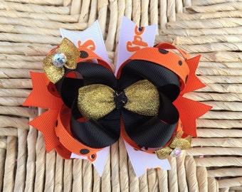Halloween hair bow-black and orange hair bow-large halloween hair bows-over the top halloween hair bows-black gold  and orange hair bows-