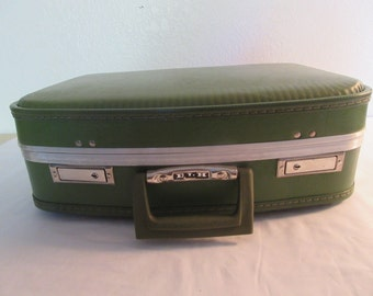 Vintage Olive Green Carry On Suitcase - 1970's