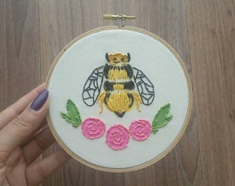 Bee Floral Embroidery Wall Hanging Needlepoint Art