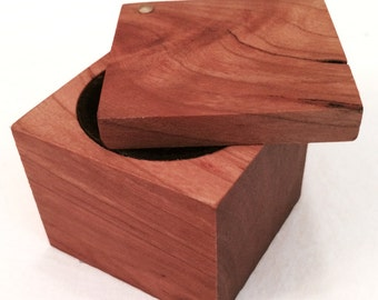 Ring Box-Cherry