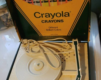 Vintage Crayola Crayons Record Player 45 & 33 RPM Portable, Made by Vanity Fair