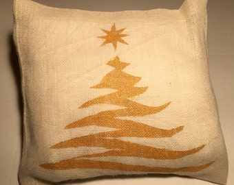Christmas Gift, Burlap Pillow, Accent Pillow, Christmas Decor, Christmas Tree, Christmas Party Gift, Neighbor Gifts, Gift for Friends, Mom