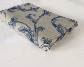 Lovely blue swirl fabric 240cm x 140cm