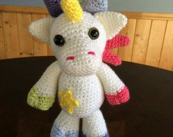 Unicorn knitted crochet, amigurumi