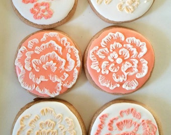 Hand painted flower cookies (12)