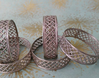 Vintage Silver Plated Napkin Rings, Florantal Napkin Rings, Funky 60s 70s Design, Housewarming Gift Retro Home, Gift Woman Lady Her,