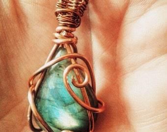 Necklace Labradorite and copper wire