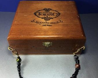 Cigar Box Purse/ Carlos Toraño