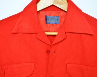 Soft Bright Red Pendleton Button-Up / 100 % Virgin Wool / Men's Size Small