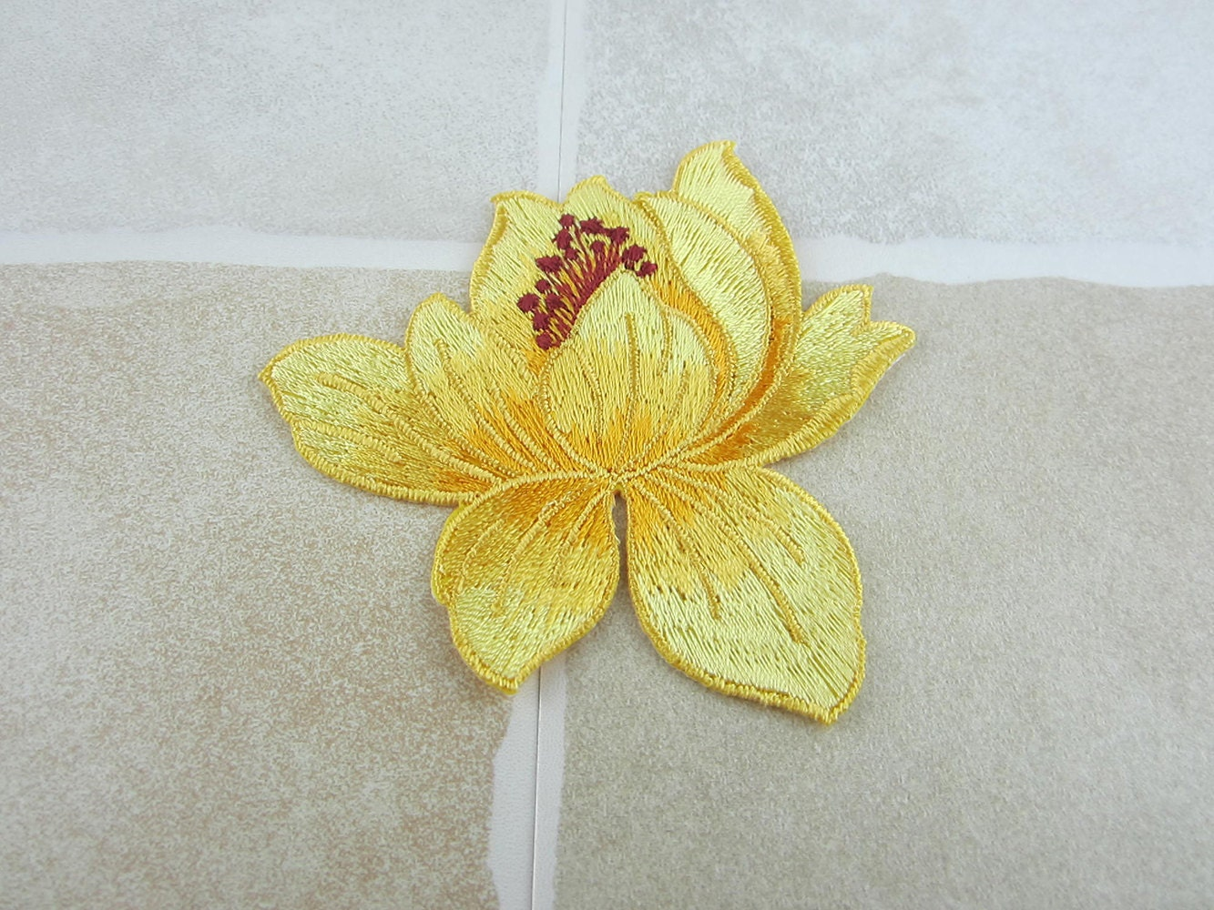 Embroidered Flower Patch Iron Sew