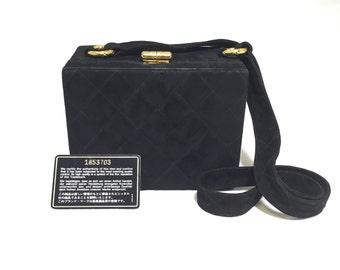 chanel vintage suede boxy bag