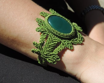 Onix. India. Macrame. Green hope. Indian Crystal.