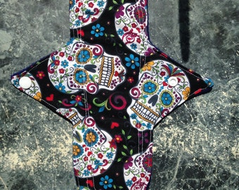 "10.25"" Skulls Regular Cloth Pad"