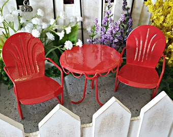 Miniature Red Retro Table and 2 Chairs (Set of 3)