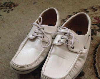 White boat shoes