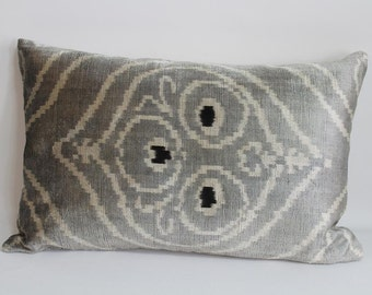 İkat Velvet Pillow Cover, 15'' x 24'' , Decorative Pillow, Handmade Silk Pillow,Gray İkat Pillow,  Shipping with Fedex 1-3 days