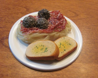 Spaghetti and meat balls plate with garlic bread for American Girl/18 inch dolls