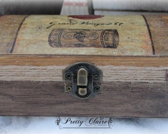 Medieval decoupage box, royal wine box, sealing wax, gift for him, memory box,unique gift, rustic box, anniversary gift, wood box