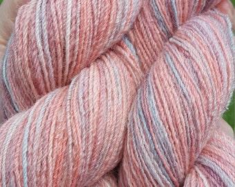 hand spun yarn - Aurora