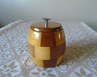 cambridge ware lidded container