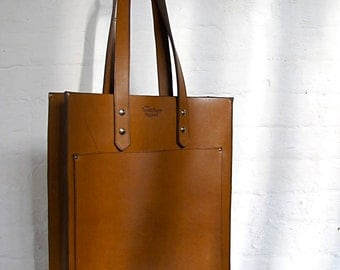 The Pocket Tote - Tan leather