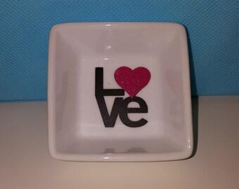 LOVE ring dish