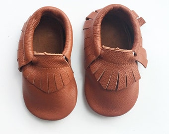 12-18 Months Genuine Leather Moccasins, Brown Moccasins, Baby Moccasins, Fringe Moccasins, Handmade, Toddler Moccasins, Handmade Moccasin
