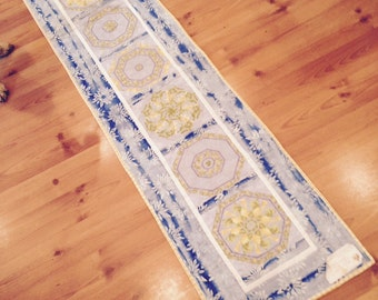 Yummy yellow and bright blue table runner - how summery!