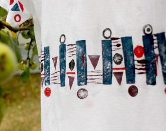 Navy inspired t-shirt for dreamers,