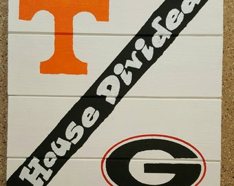 House Divided Volunteers/Bulldogs Wood Sign