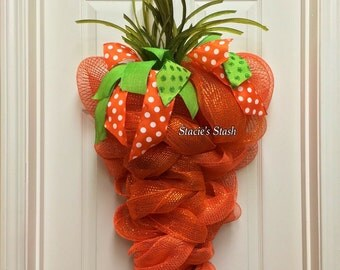 Carrot Wreath, Easter Wreath, Mesh Wreath, Deco Mesh Wreath