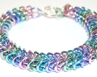 Sweet Spring boxchain weave chainmaille bracelet