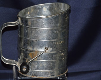 Bromwell Three Cup Flour Sifter Vintage #1300